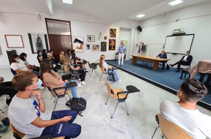 """Continua la collaborazione tra la Pro Loco di Villaricca e l'I.S.I.S """"Boccioni- Palizzi"""" Napoli Liceo Artistico, Coreutico e Musicale."""