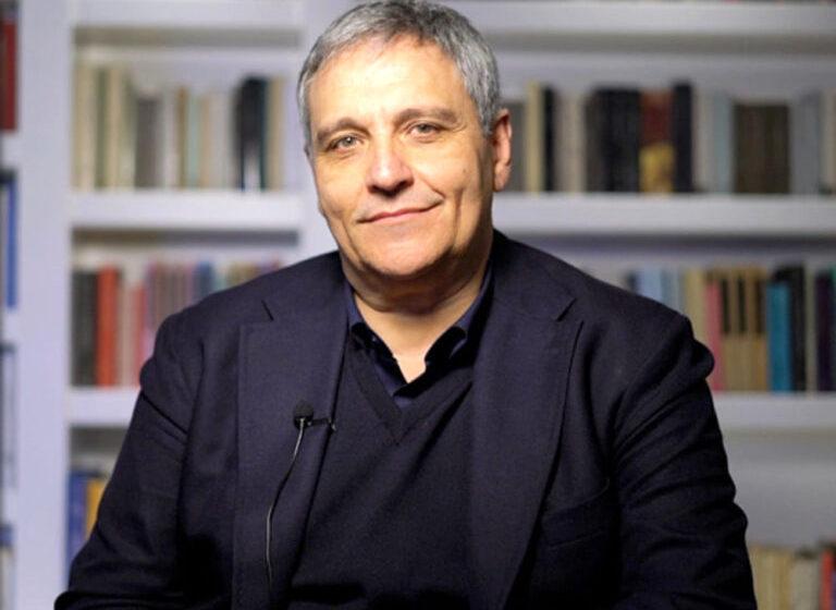 Congratulazioni allo scrittore Maurizio De Giovanni per la Laurea Honoris Causa